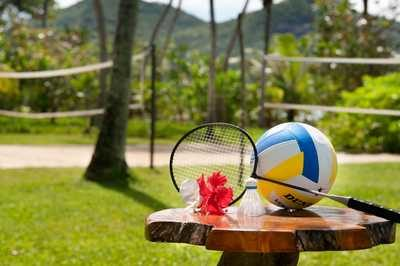sejseli_kempinski_resort_and_spa_odbojkarsko_igrisce_in_badminton