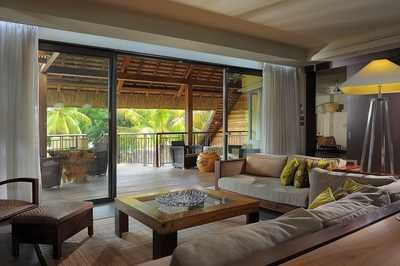 mauritius_trou_aux_biche_beachfront_senior_suite_with_pool