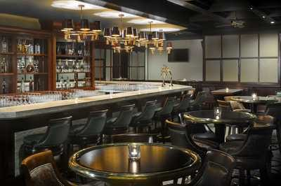 dubaj_hotel_ramada_jumeirah_the_docks_bar-1